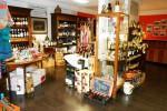 Vin, Adour & Fantaisies boutique