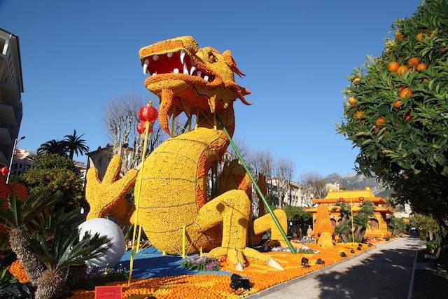 Large menton festival dragon