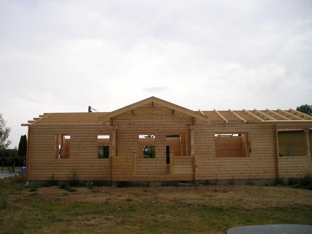 how to build an eco friendly cabin