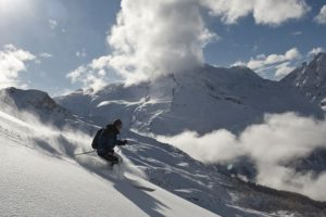 off piste skiing French Alps