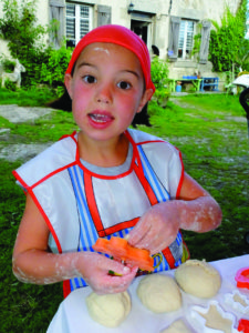 Eating in Creuse - Bread making lesson
