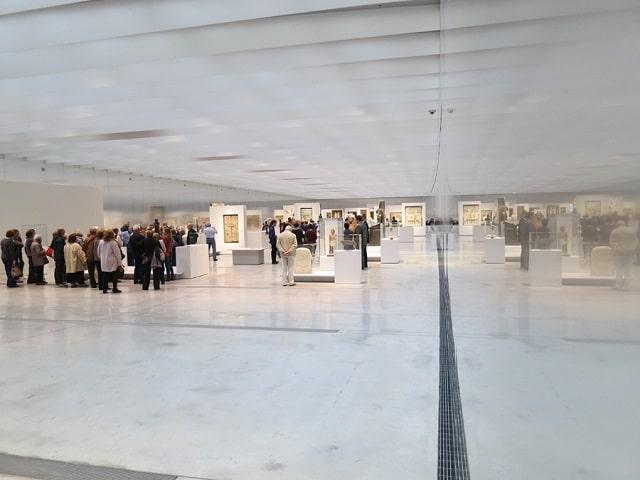Galerie du Temps in the wonderful Louvre Lens