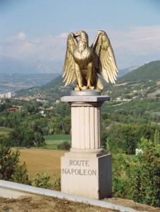 Route-Napoleon eagle statue