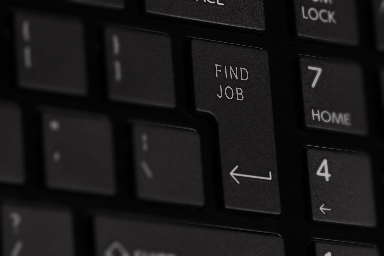 Find a job in France ©niekverlaan /Pixabay