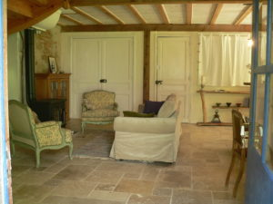 Writers retreat in France -Noelle Thompson