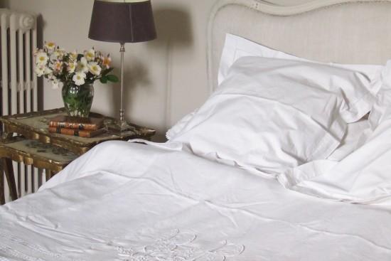 Sharon Santoni bedroom in France