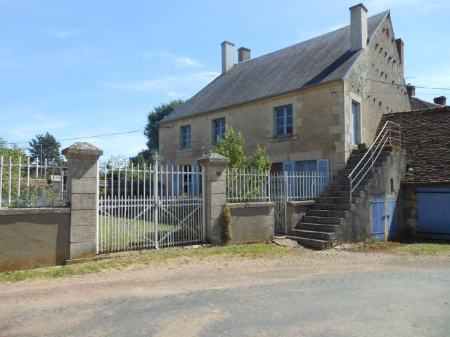 Lovely 3 bed village house in Burgundy