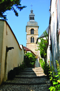 00 Abbaye d'Hautvillers depuis ruelle crédit photo CRTCA