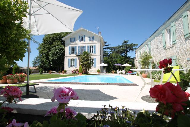 Near La Rochelle, Stunning Home with 2 Gites in Riverside Village, €870,000