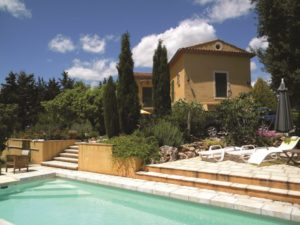 Exterior and swimming pool on property in Var, Provence