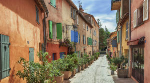 Provence-Buying-Guide
