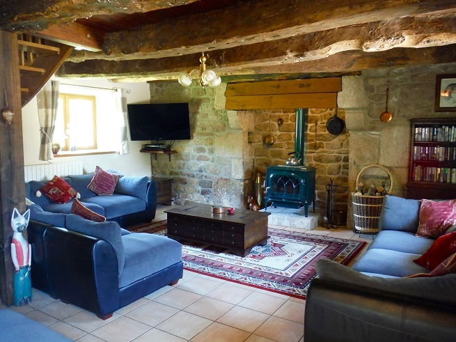 A spacious living area in Le Deran, Brittany
