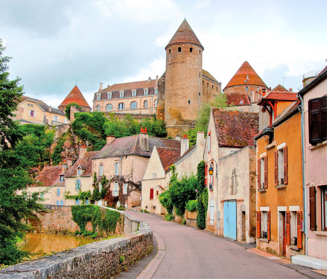 The ancient fortified town of Semure-en-Auxois