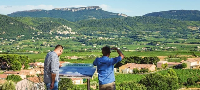 when approaching Séguret, spotting the village for the first time will take your breath away