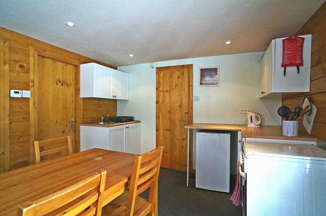 La Coterie Lodge with kitchen