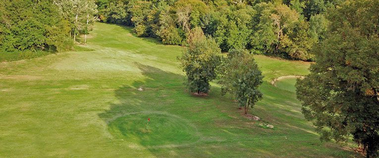 Villas in Aquitaine with golf course