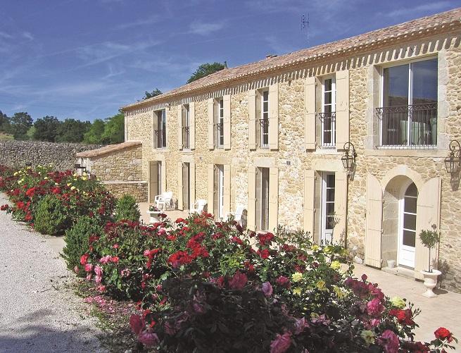 Villas in Aquitaine rose garden
