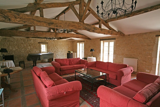Villas in Aquitaine character features