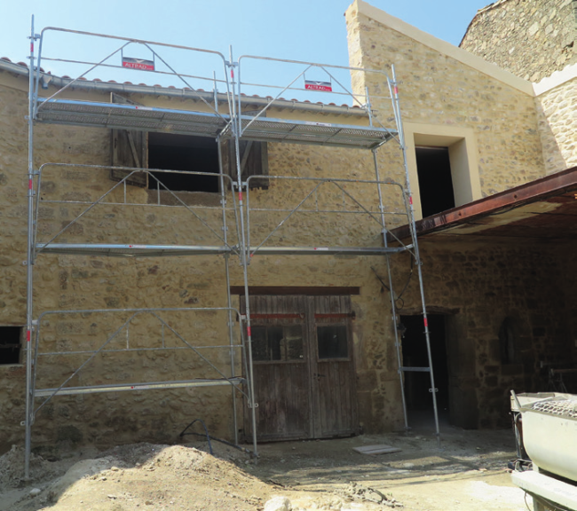 Work being done on Peter and Claire's property in France in Languedoc