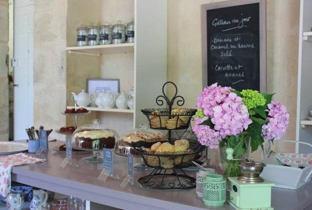 girone tea and cakes