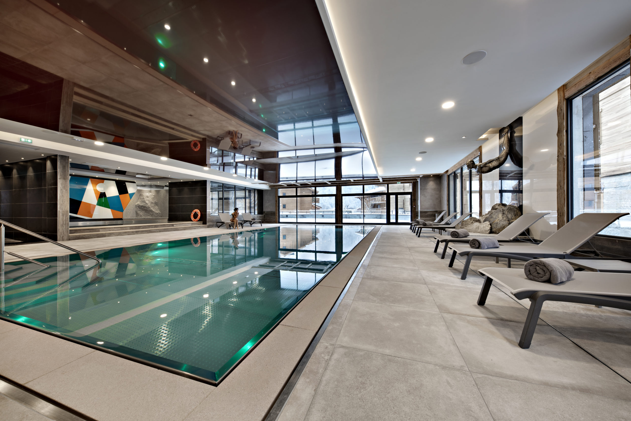 swimming pool at Residence Manaka