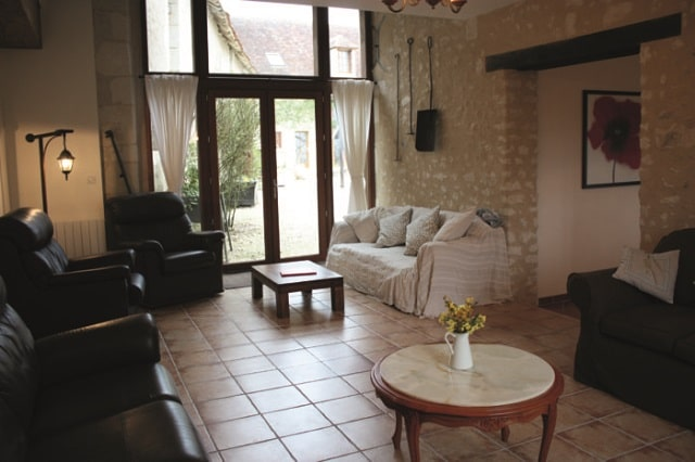 Le Verger living room