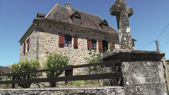 A four-bedroom country house in beaulieu sur dordogne