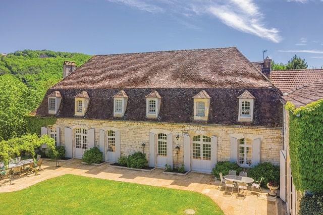 Château exterior