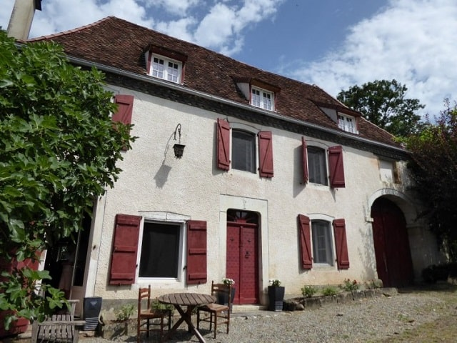 3 bed house in the pyrenees