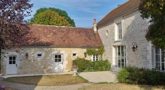 Renovated charming character house in Burgundy