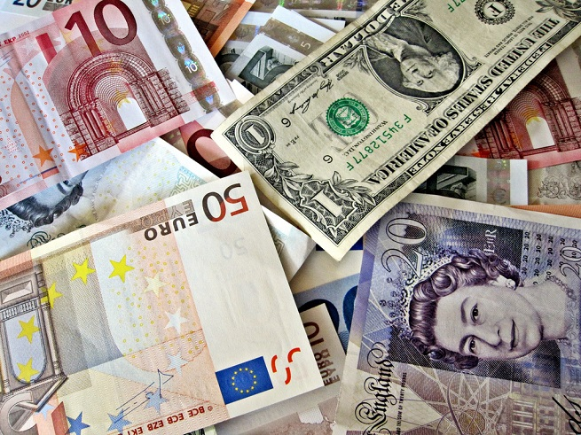 How will the Euro and Other World Currencies Perform in 2018?