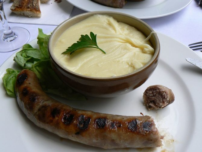 Aligot, an irresistible speciality from the Aveyron