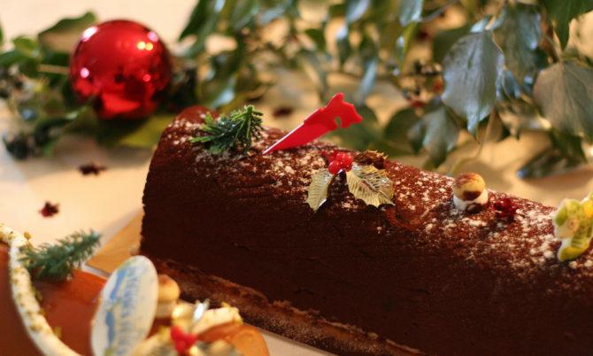 La Bûche de Noël, a French Christmas tradition