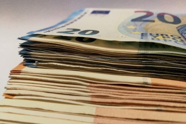 Pound-to-Euro under Brexit pressure