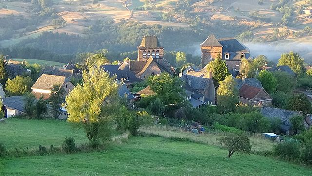 Aveyron Property Overview