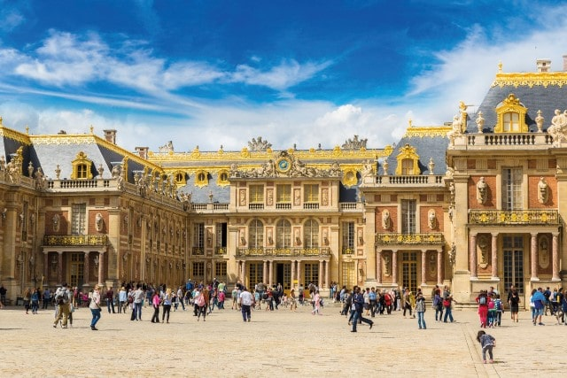Property Showdown: Yvelines VS Hauts-de-Seine