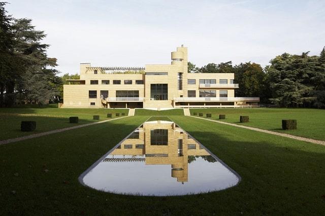Visit the Villa Cavrois