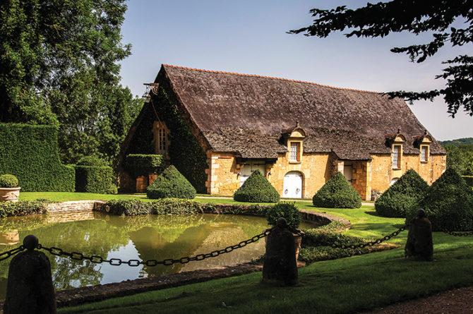 Gardens of Dordogne: topiary art in Eyrignac
