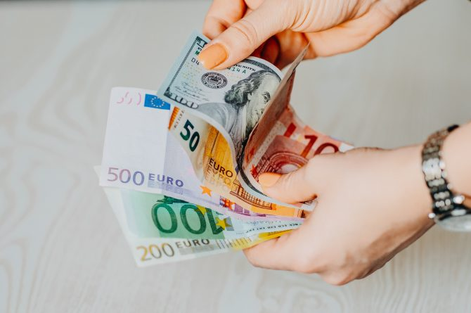 French Currency Exchange Vocabulary and Essential Terms