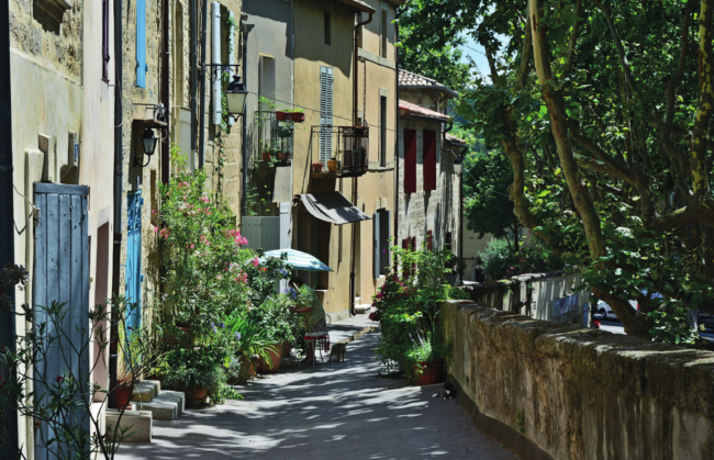 Buying Hot Spots – Uzès, Gard, Occitanie