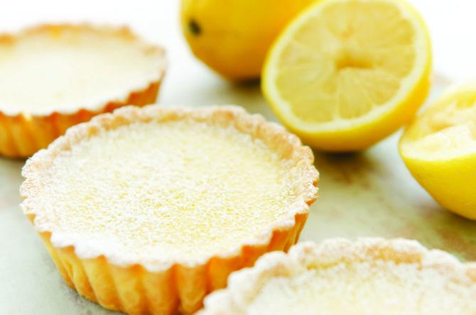 A classic French dessert: Tarte au citron