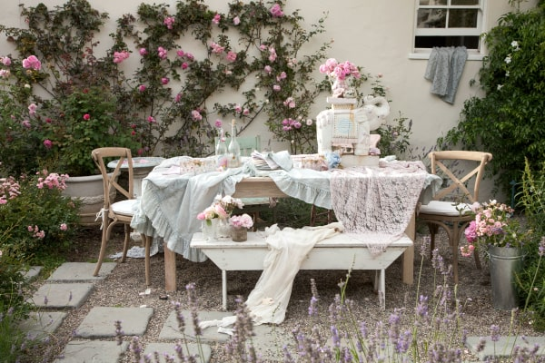 Shabby Chic: French Style Born in the USA