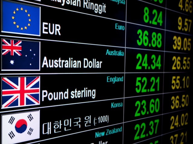 Vaccine and Brexit Expectations Give a Boost to the Pound