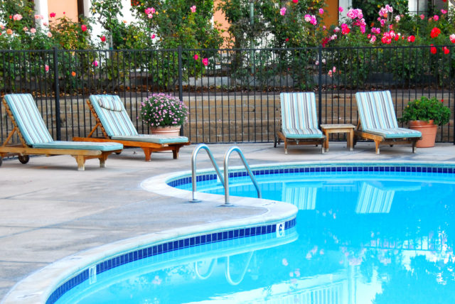 How to Open Your Outdoor Swimming Pool in Spring