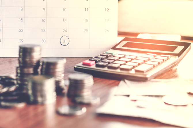 Your Essential Guide to the French Income Tax Calendar