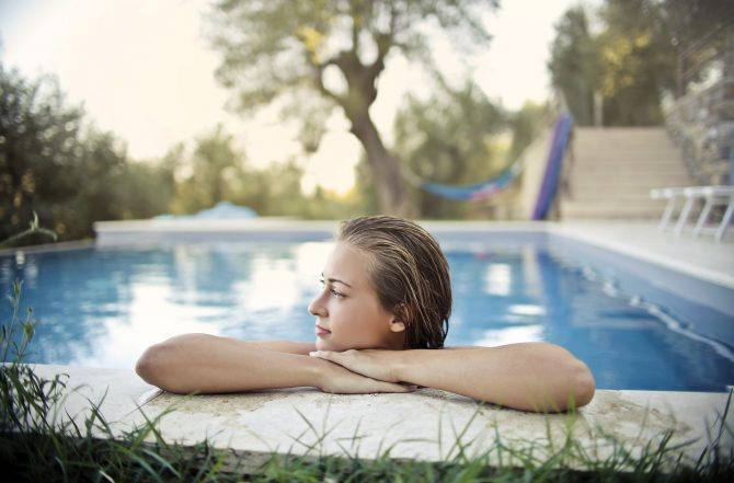 5 Steps to Buying a Swimming Pool in France