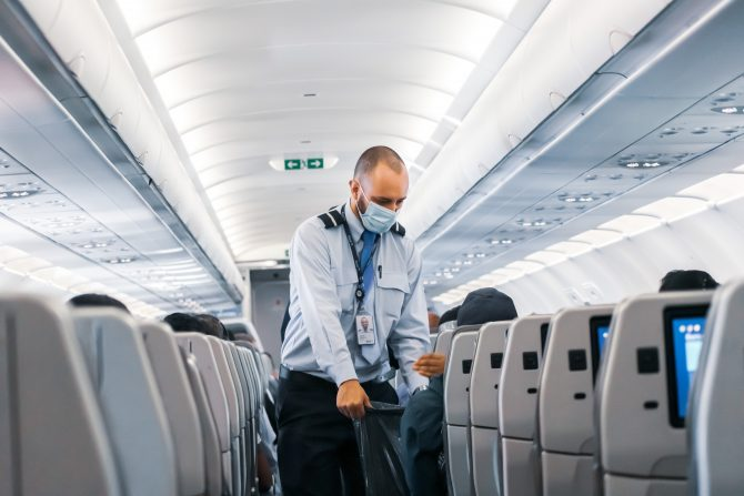News Digest: UK Relaxes Travel Rules & France's Vaccine Milestone