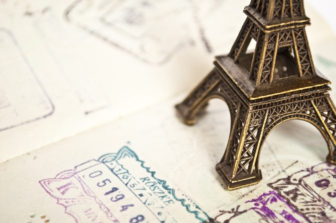 News Digest: France's Fishing Woes & French Residency FAQ