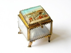 Vintage jewellery box from Nancy
