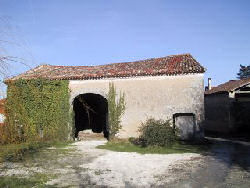 Barn for conversion near Ribérac